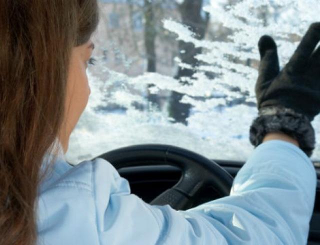 Как выбрать автомобильные стеклоочистители на зиму