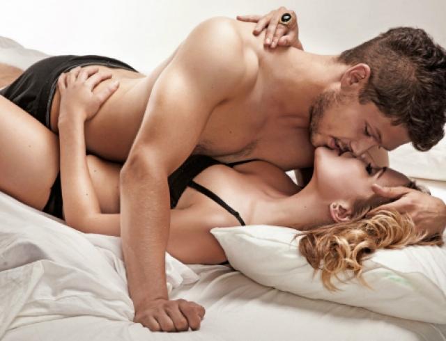 Секс страсть впостели