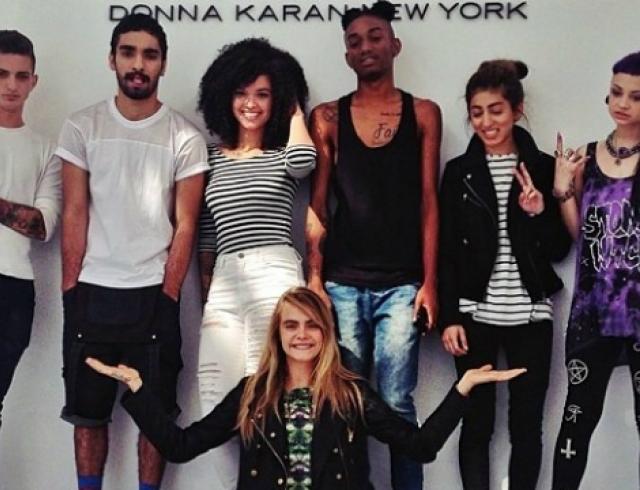 Кара Делевинь нашла моделей для своей промокампании в соцсети