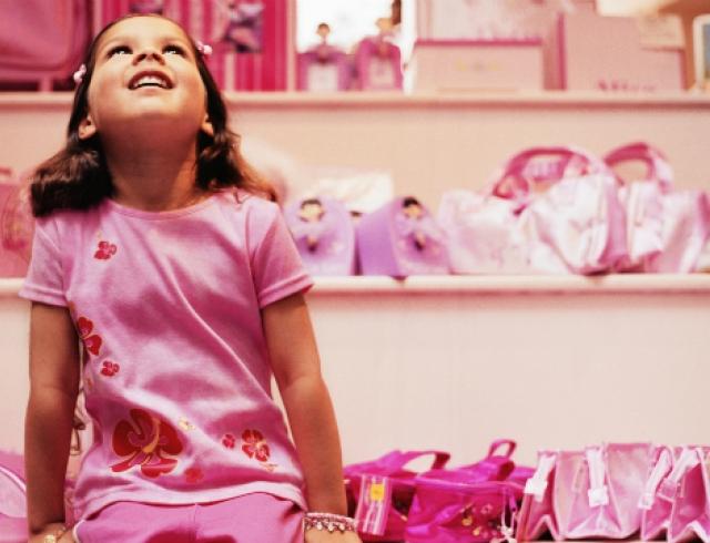 Почему куклы мешают карьере женщин