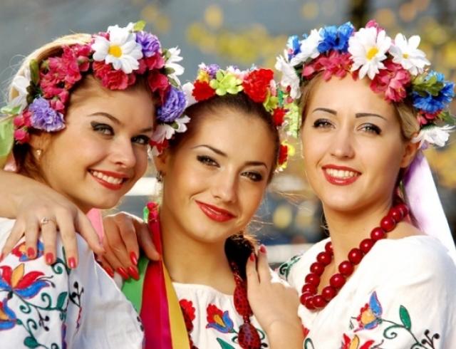 Почему украинки выбирают платья