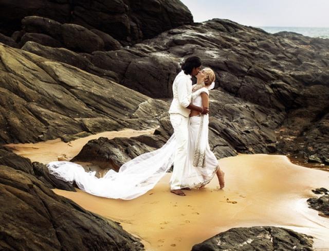 Замуж за принца: как режиссер шоу Холостяк сыграла свадьбу мечты