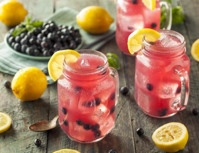 5 рецептов освежающего домашнего лимонада, которые спасут вас от жары