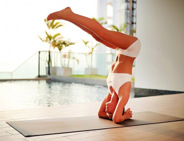 Йога для новичков: программа домашней тренировки