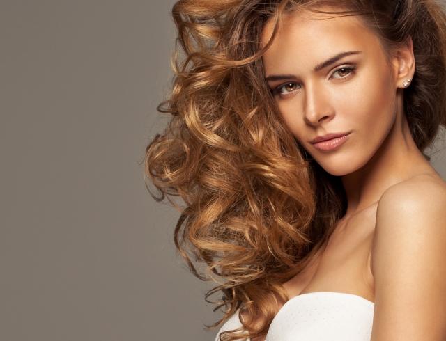 """BB-крем и CC-крем для волос: что это за """"звери"""", и как их применять"""