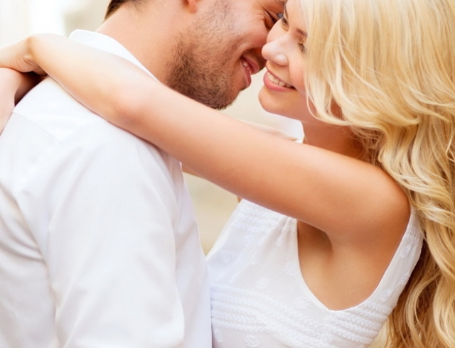 Пара ищет для секса парня би украина