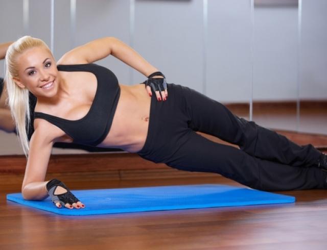 Боковая планка: все тонкости выполнения чудо-упражнения для похудения