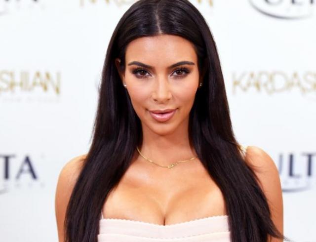 Звездное похудение: Ким Кардашьян похудела на 8 кг всего за 2 недели после родов