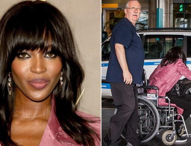 Папарацци подстерегли: Наоми Кэмпбелл передвигается в инвалидной коляске