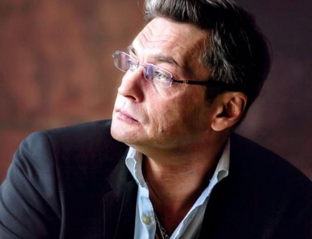 Александр Домогаров верит в гороскопы: переоценка ценностей и бойкот кризиса
