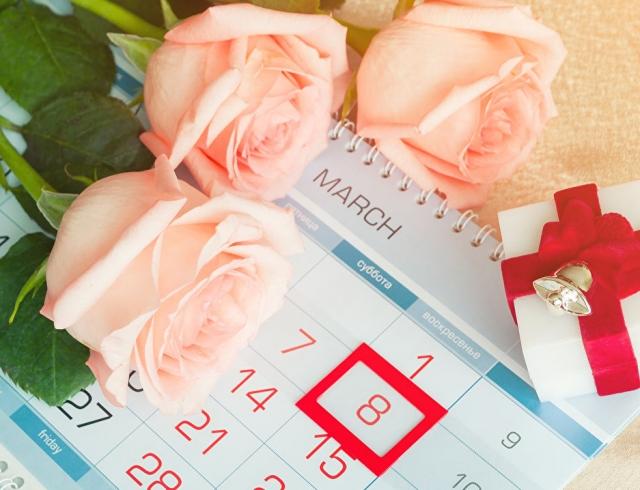 8 Марта для мамы и бабушки: красивые поздравления в стихах и прозе
