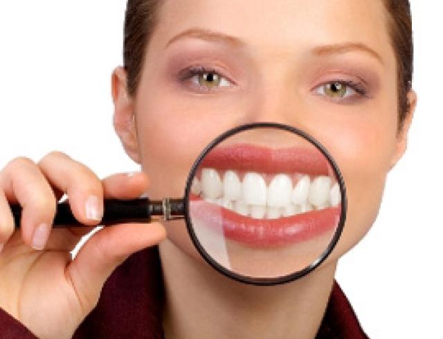 Хорошие зубы надо заслужить. 10 заповедей красоты и здоровья