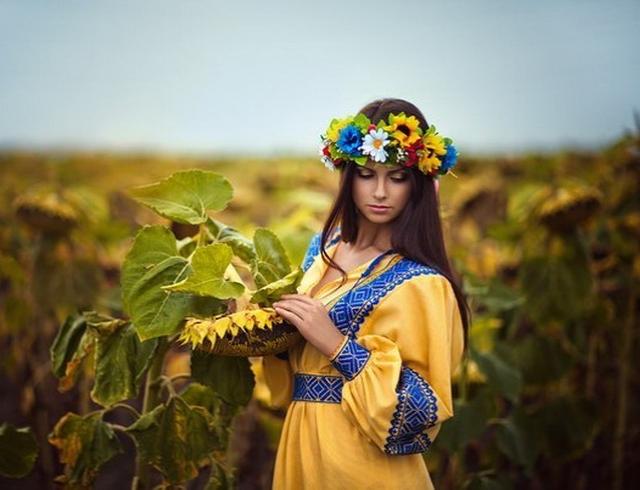 Как отдыхаем в 25-ю годовщину независимости Украины в 2016 году: официальные выходные