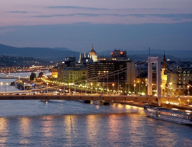 Отдых в Венгрии: курорты и купальни, достопримечательности и сувениры