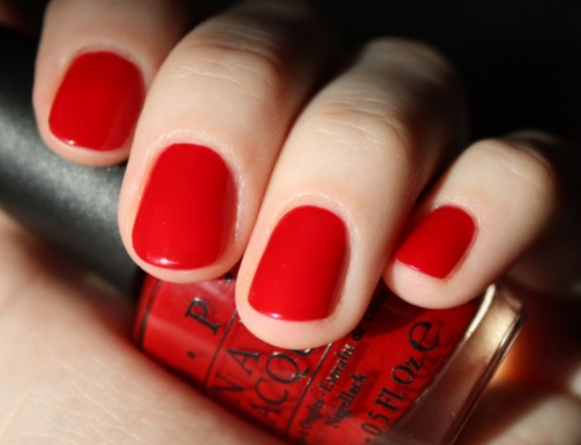Красный маникюр: 40 лучших идей модного дизайна ногтей (фото)