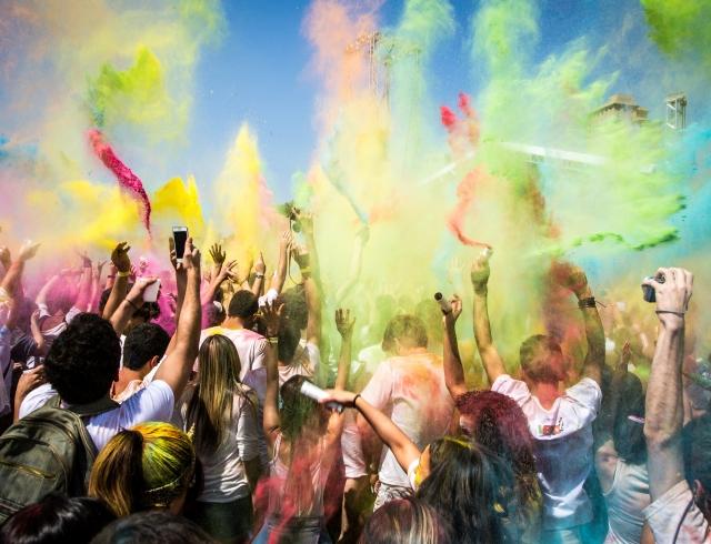 Где культурно провести лучший отдых в жизни: топ музыкальных фестивалей по всему миру