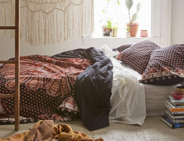 Зачем мы спим? Что происходит с нашим мозгом и телом во время сна?