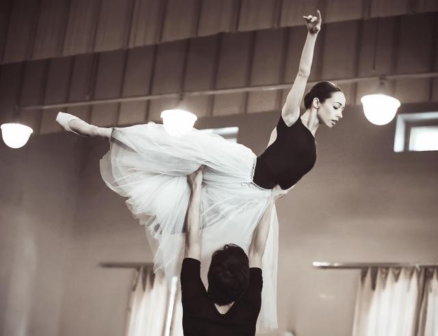 Железный характер хрупкой примы-балерины: кровь в пуантах, диеты и беременность, нервы и гастроли (ИНТЕРВЬЮ)