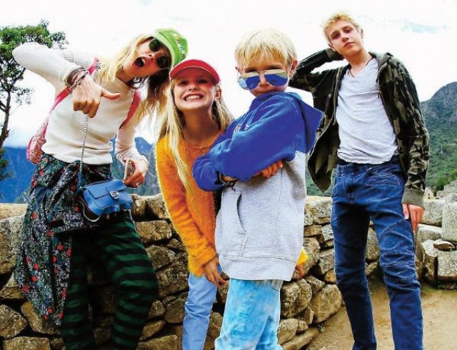 Наталья Водянова наняла репетитора по русскому языку для своих детей