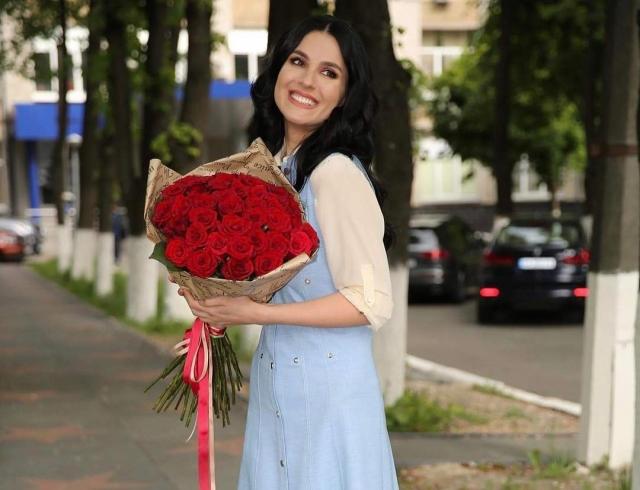 Отпуск без грима: Маша Ефросинина решила отказаться от косметики и дорогих нарядов