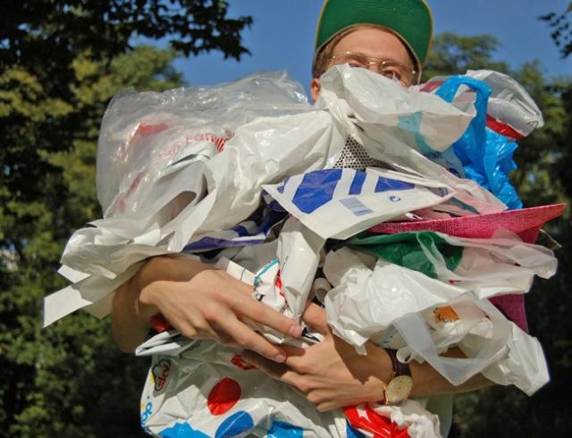 Осознанное потребление: Германия отказывается от пластиковых пакетов