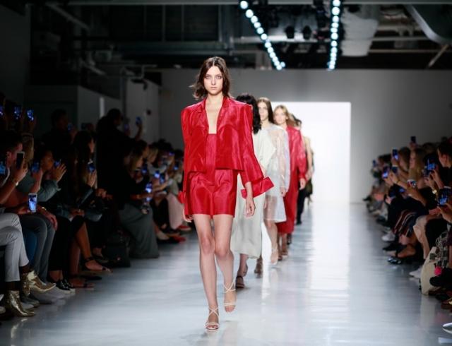 Realitics: украинский дизайнер Светлана Бевза впервые презентовала свою коллекцию одежды на Неделе моды в Нью-Йорке