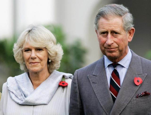 Инсайдеры: Камилла Паркер-Боулз начала встречаться с принцем Чарльзом на зло неверному жениху