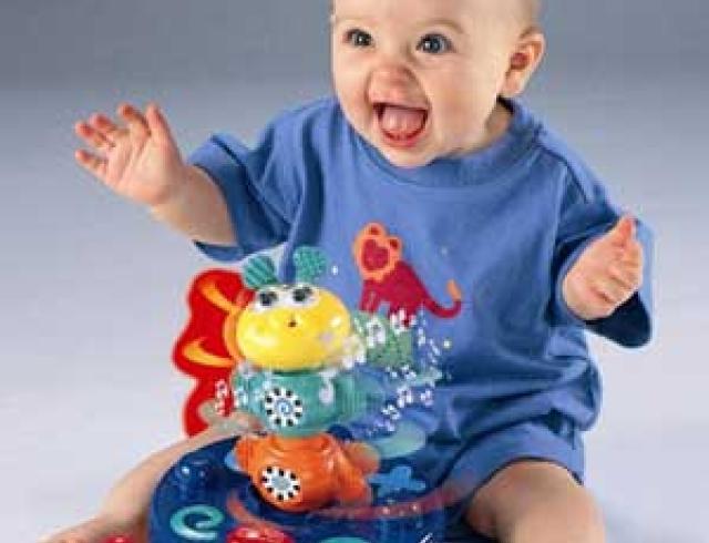 7-й месяц жизни. Что должен уметь малыш?