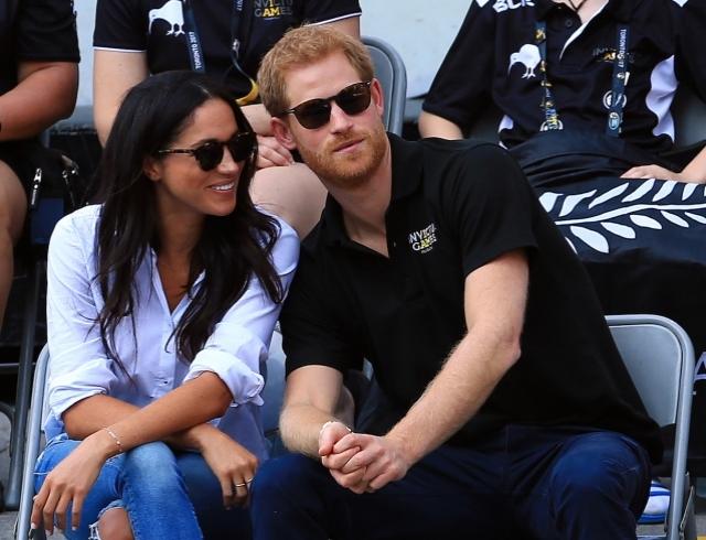 Официально: Кенсингтонский дворец подтвердил помолвку Меган Маркл и принца Гарри, а также назвал дату их будущей свадьбы
