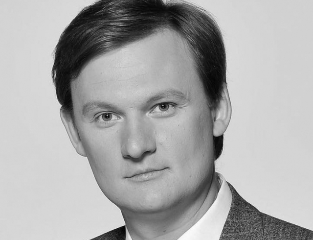 После продолжительной болезни умер украинский журналист и телеведущий Олесь Терещенко
