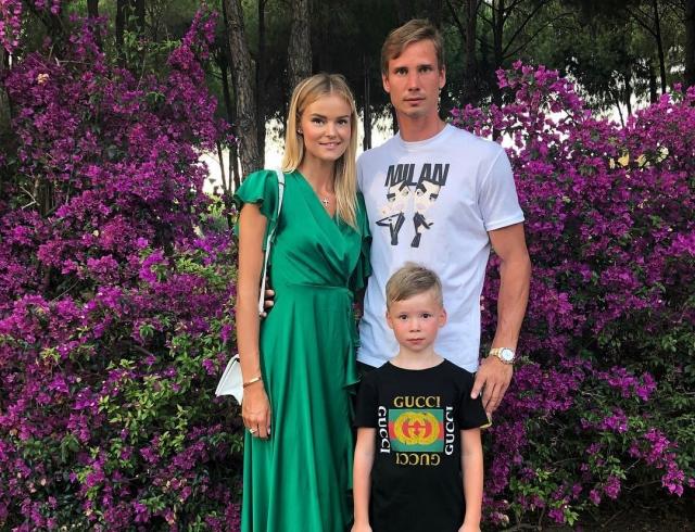 Бывший парень Алены Шишковой женился на модели Victoria's Secret