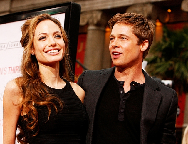 Анджелина Джоли сообщила сыну Паксу, что Брэд Питт был против его усыновления