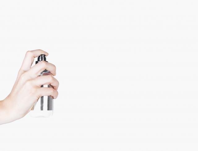 Beauty-гид: что такое фиксирующий спрей для макияжа - Красота