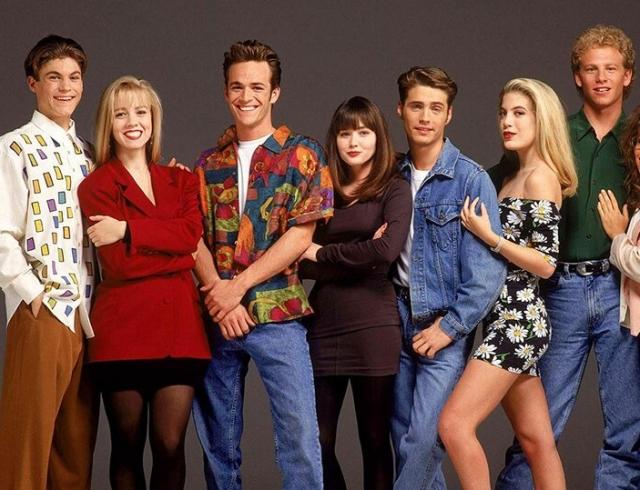 """""""Беверли-Хиллз, 90210"""" спустя 19 лет возвращается на экраны: первый ролик со старта съемок (ВИДЕО)"""