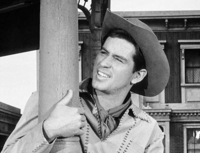 "Не стало Джима МакМуллана: звезда ""Санта Барбары"" умер на 83 году жизни"