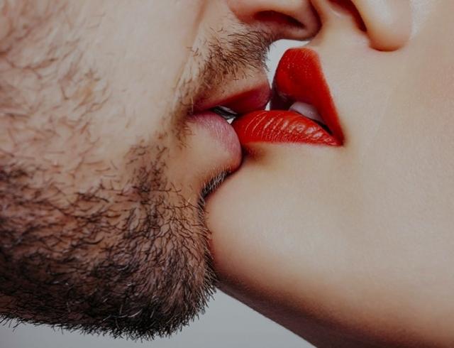 Какой был первый поцелуй у украинских звезд: MELOVIN, Артем Пивоваров, Катерина Кухар и ОNUKA
