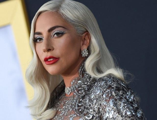 Скандально, дерзко, сексуально: Леди Гага презентовала собственную линию косметики