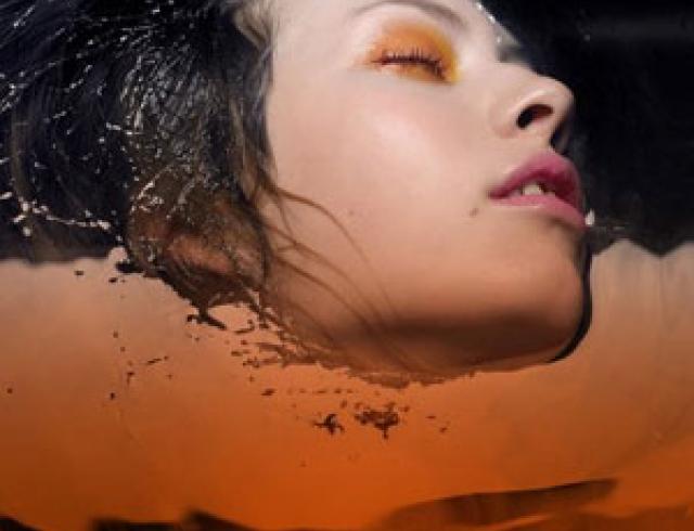 Индустрия молодости: старую кожу сжигают кислотой и шлифуют абразивами