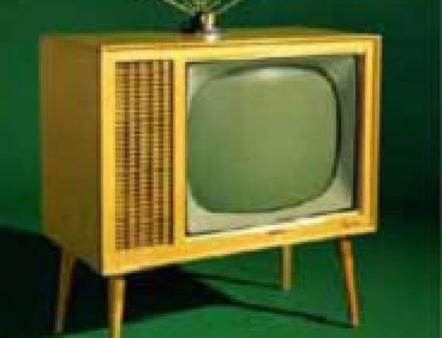 """Что должен """"уметь"""" ваш телевизор?"""