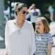 Анджелина Джоли прогулялась по Лос-Анджелесу в компании подросшей дочери (ФОТО)