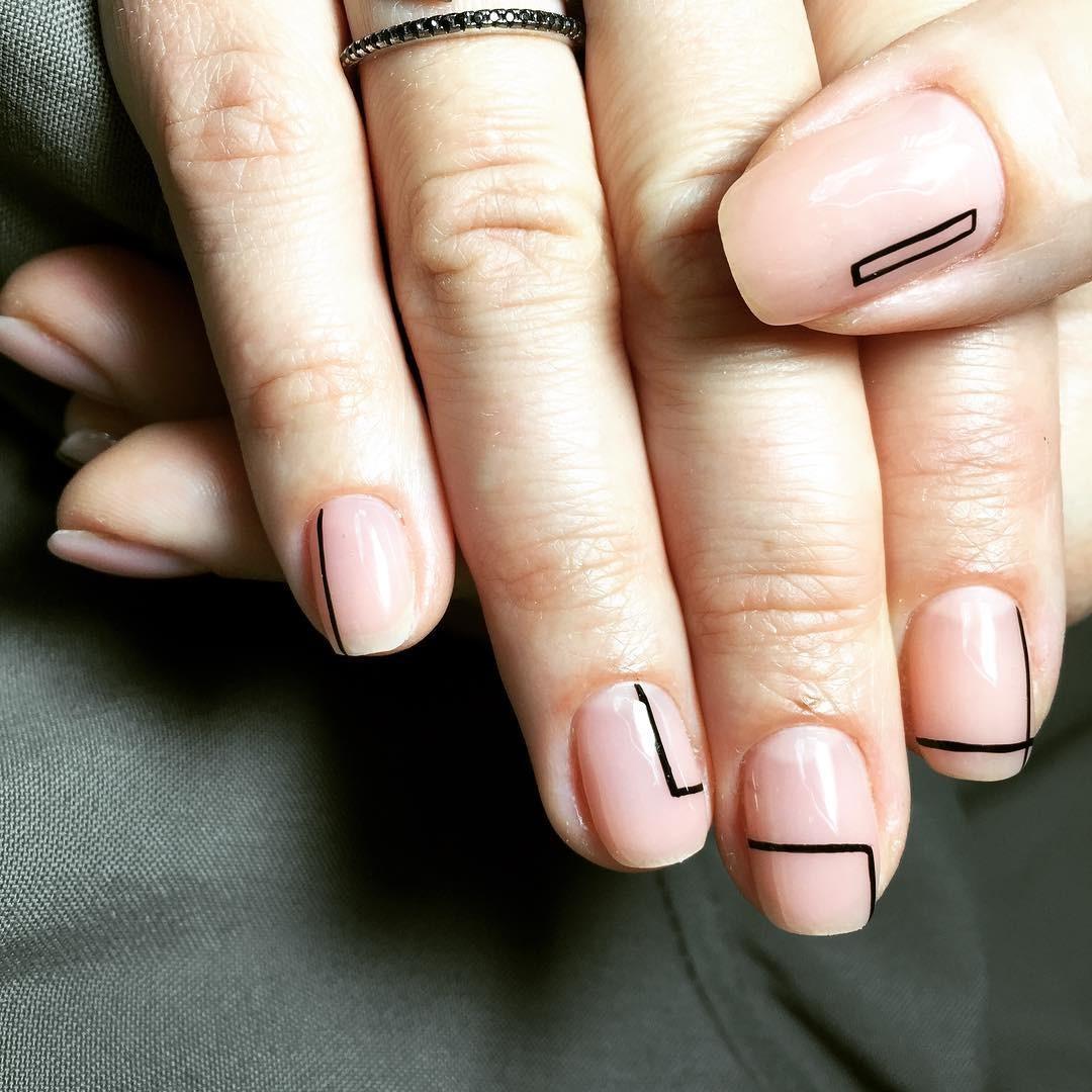 Зимний маникюр: 50 вариантов дизайна ногтей на любой вкус - галерея №2 - фото №3
