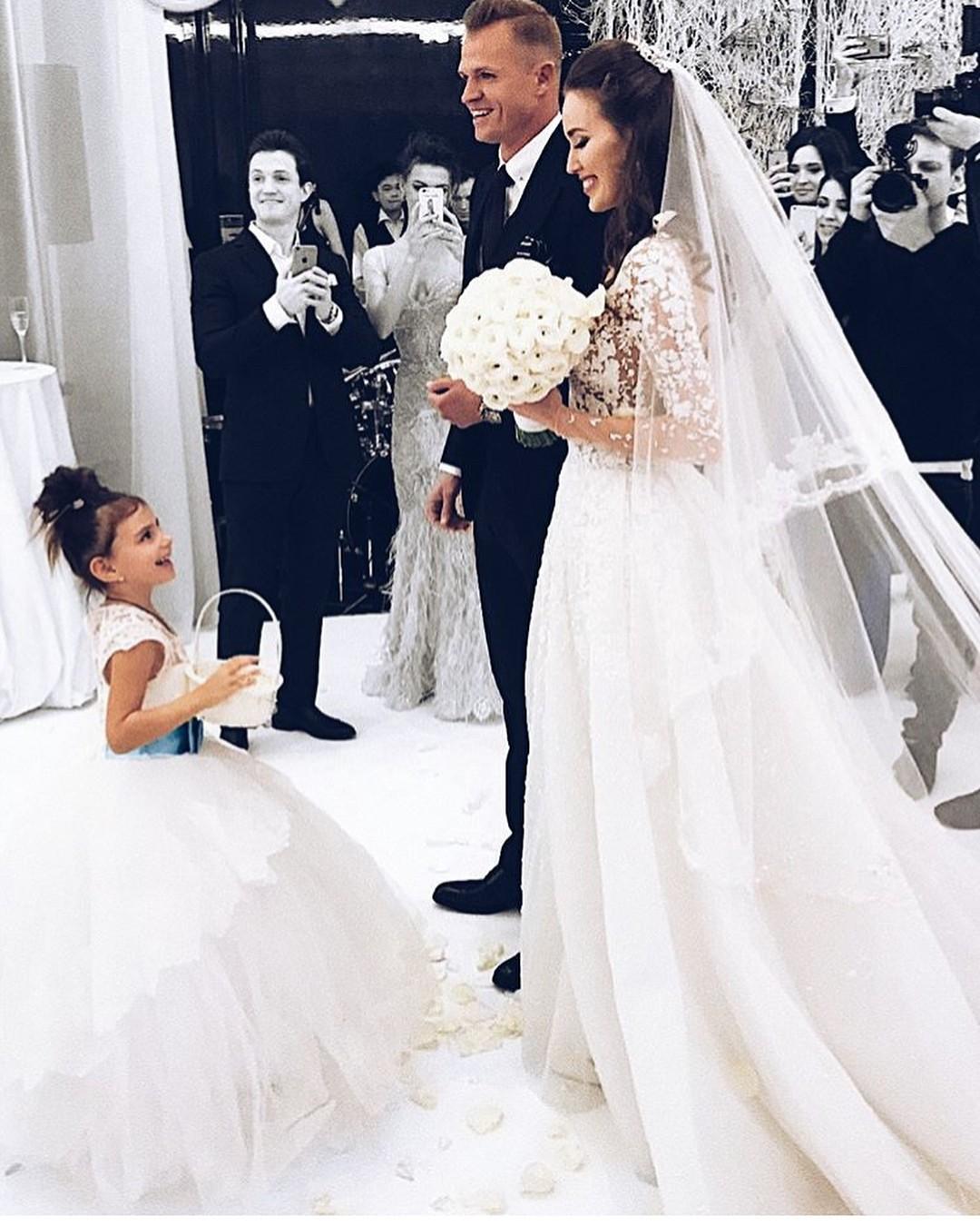 тарасов фото со свадьбы с костенко кессонный