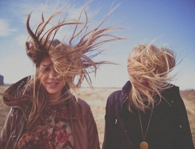 качестве прикольные картинки волосы на ветру любит