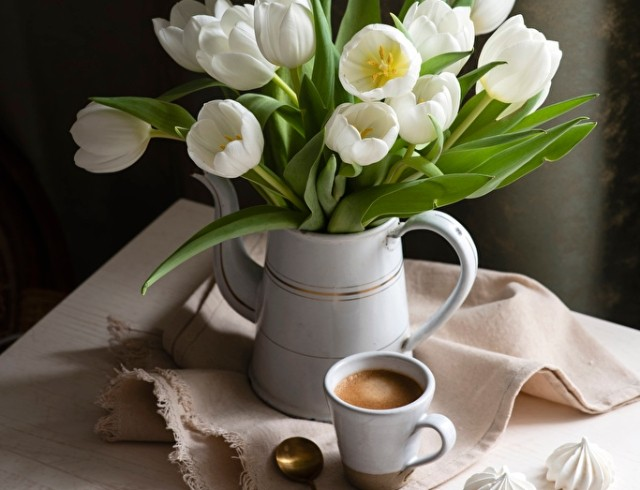 12 апреля: какой сегодня праздник, приметы, именинники дня и что нельзя делать
