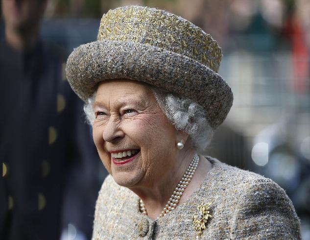 Елизавета II и три главных наследника: портрет в честь нового десятилетия (ФОТО)