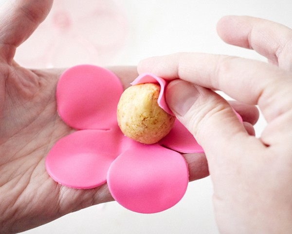 Ни одна твоя вечеринка больше без них не обойдется: как приготовить кейк-попсы - галерея №3 - фото №2